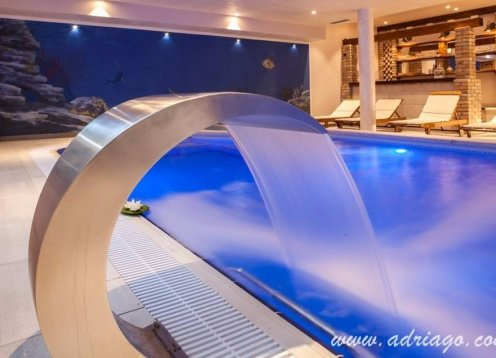 Luxury villa with private indoor pool in Makarska